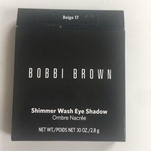 Bobbi Brown Makeup - Bobbi Brown Shimmer Wash Eyeshadow Beige 17